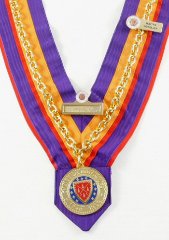 Grand Officier Maître Hôtelier