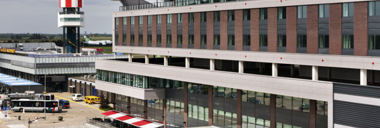 Algemene Ledenvergadering en Déjeuner Amical bij Worldhotel Wings in Rotterdam